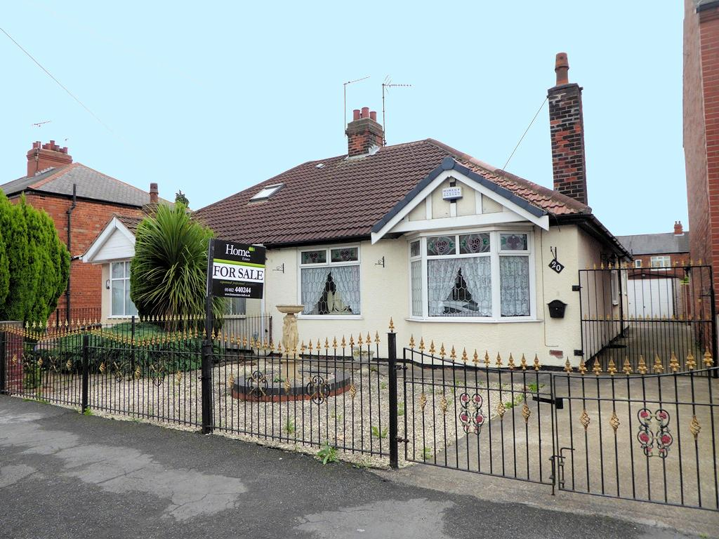 Golf Links Road, HULL, HU6 8RA